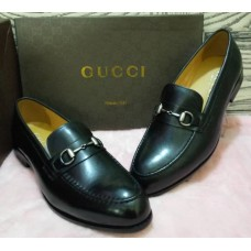 Gucci Black with Chain Design Men's Shoes