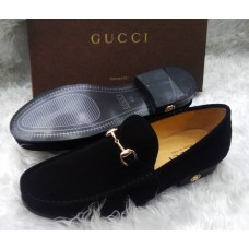 Gucci Beauty Black Slip On with Chain Clip Men Shoes